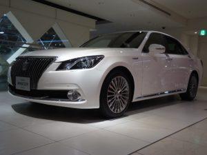 Toyota Crown Majesta